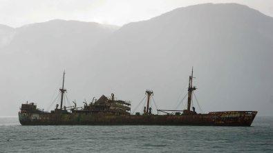 Epave d'un bateau dans les canaux de patagonies!