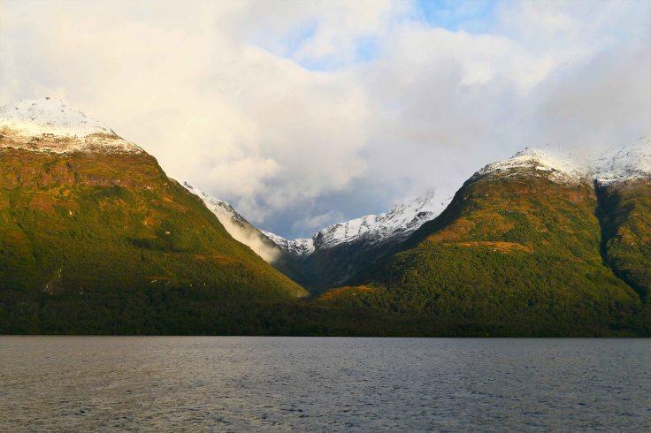 Levé de soleil sur canal de patagoine