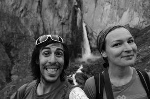Doreen et moi même devant la grande cascade